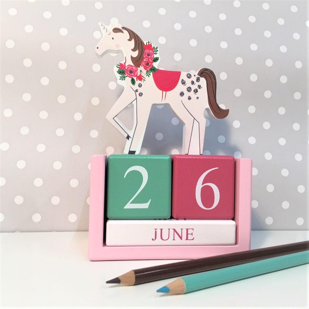 unicorn-calendar-block-1