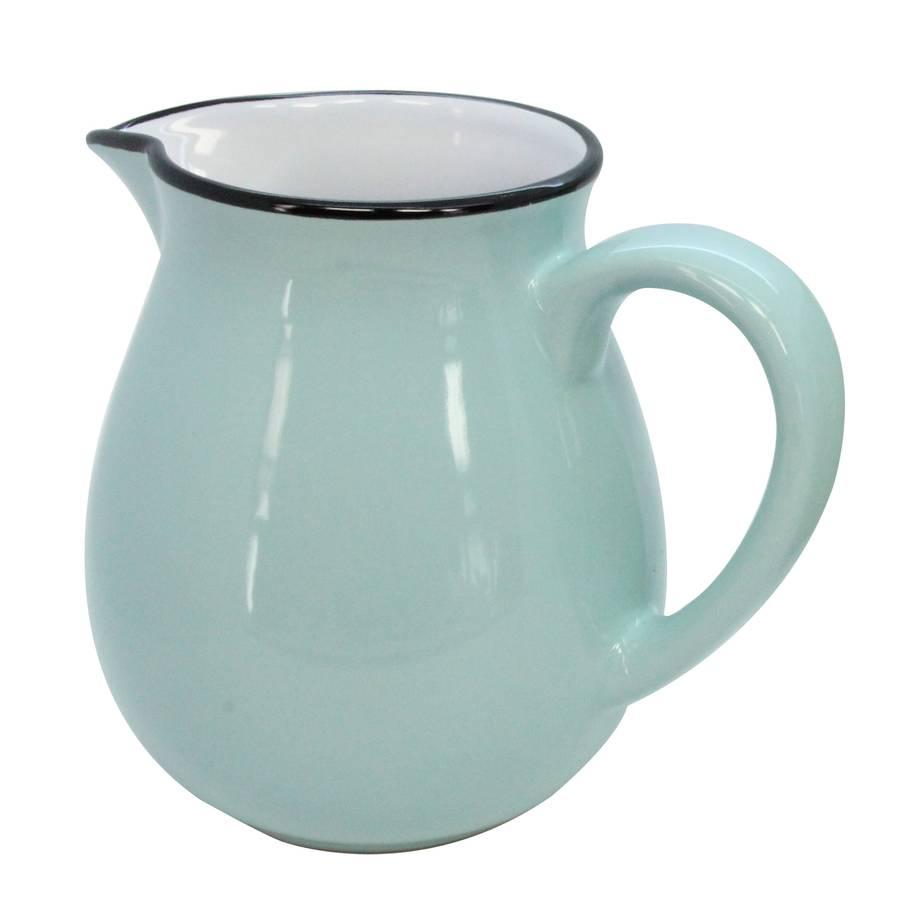 blue-vintage-style-jug