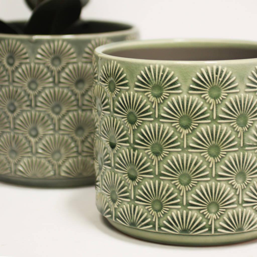 ceramic-fan-pattern-plant-pot-green