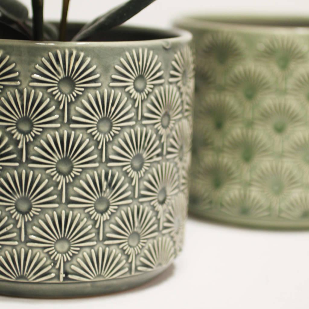 ceramic-fan-pattern-plant-pot-grey