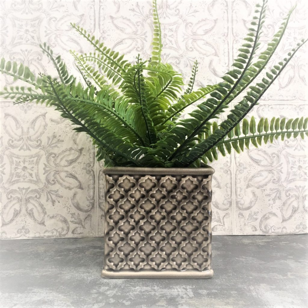 grey-hatched-planter-ceramic-1