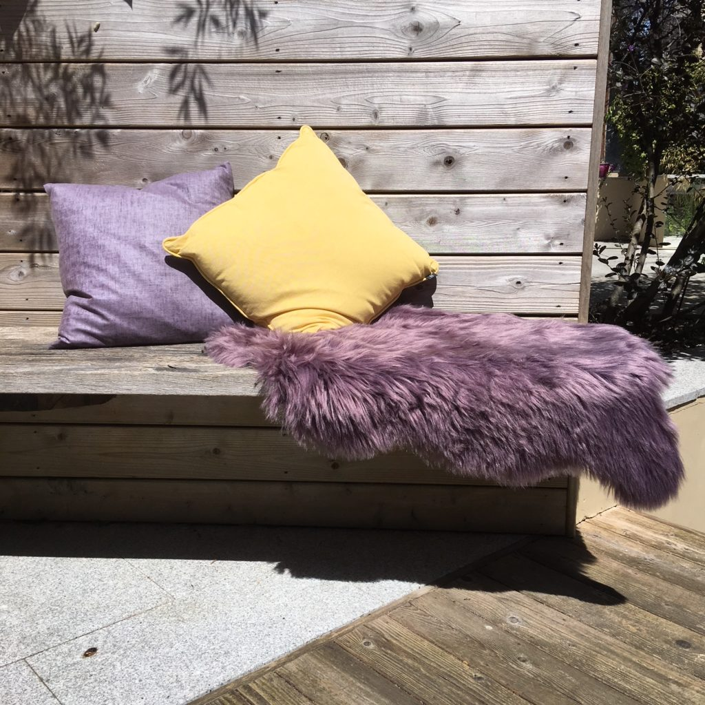 amethyste-faux-sheepskin-rug-mood-main