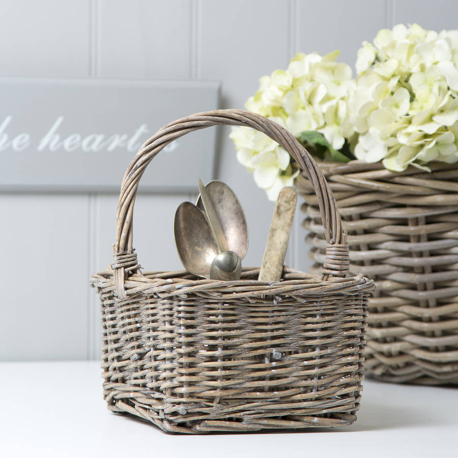 willow-cutlery-basket-a