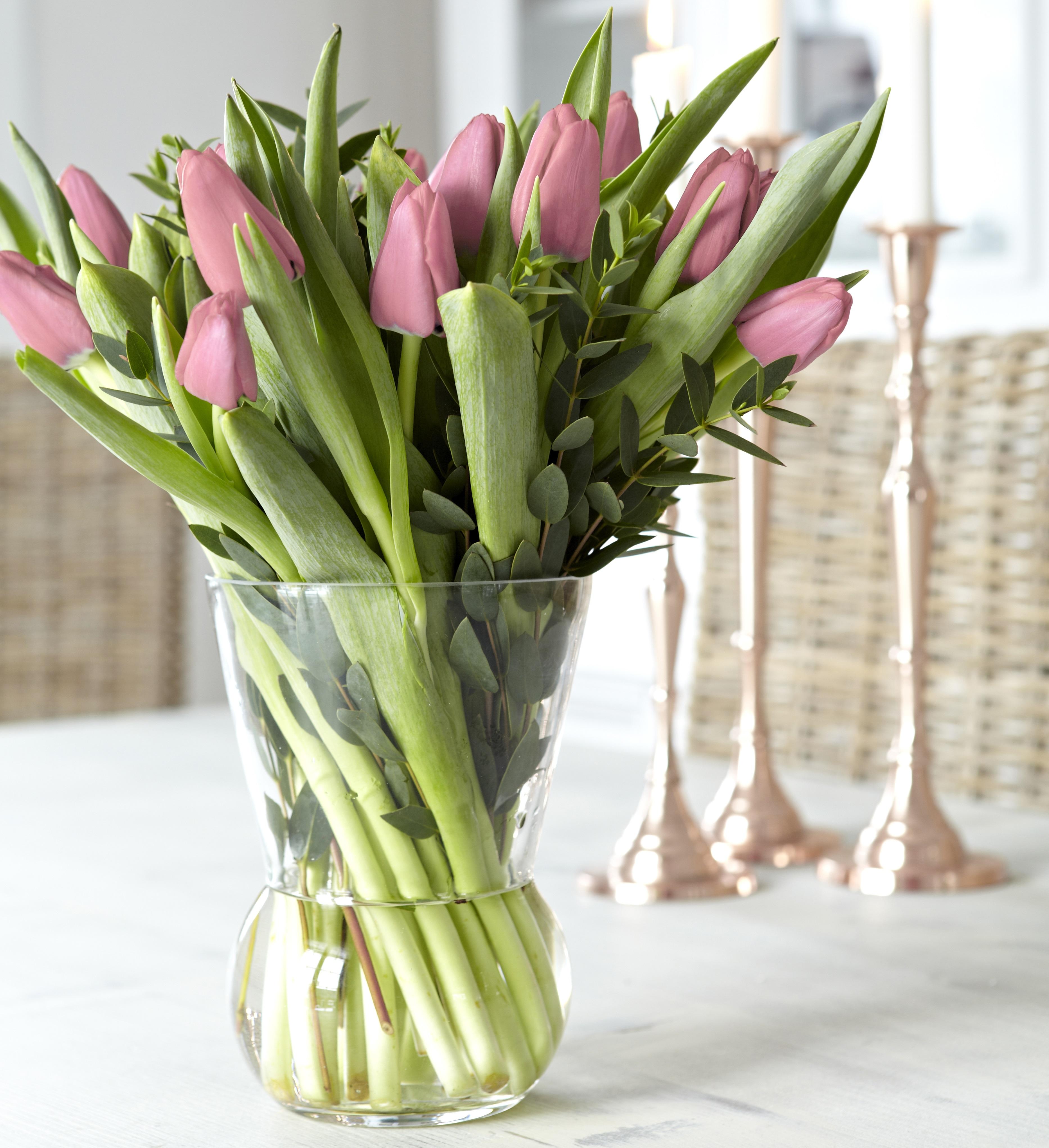 Vintage glass tulip vase