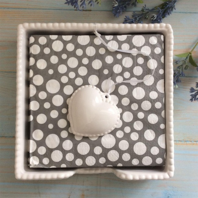 white-heart-napkin-holder