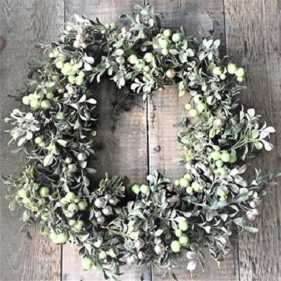 large-two-tone-berry-wreath-christmas