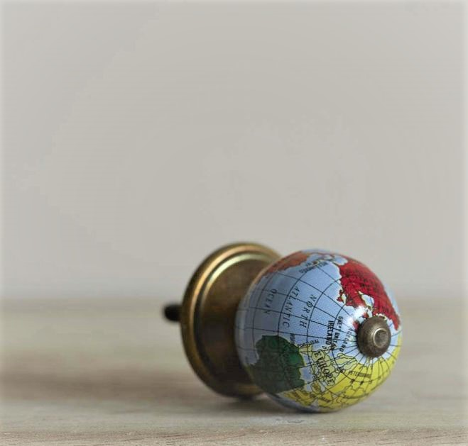 atlas-globe-drawer-knob