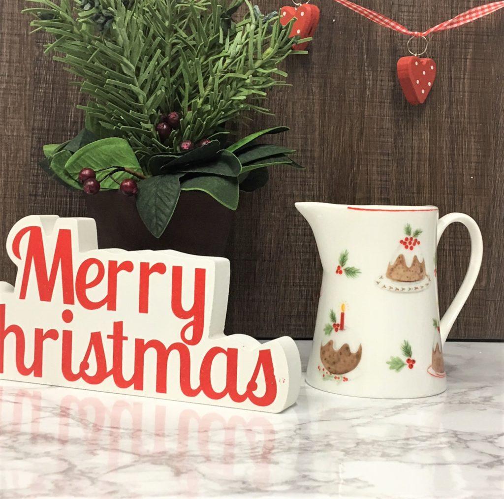 christmas-plum-pudding-jugs-small