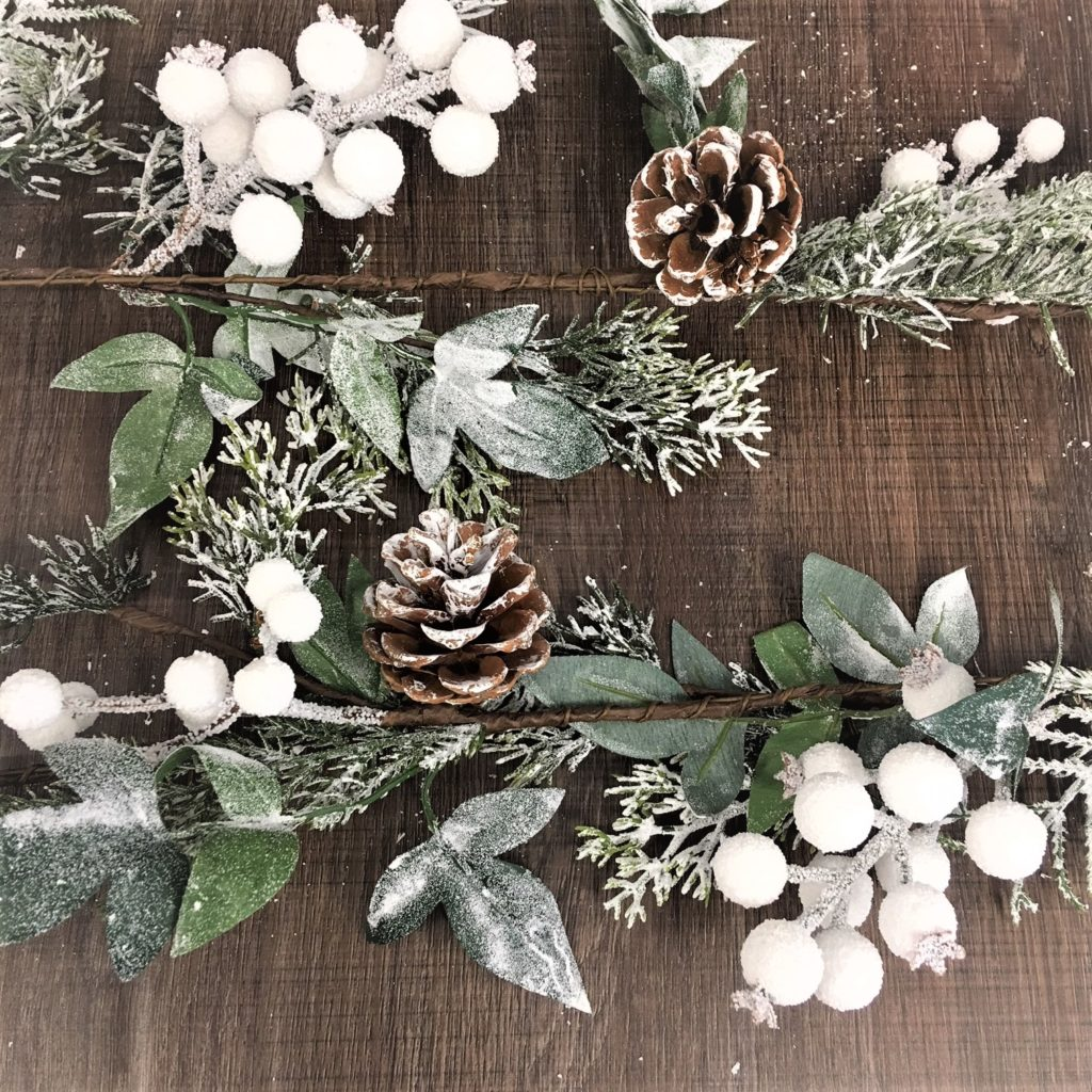 frosted-snow-white-berry-pine-cone-garland-1