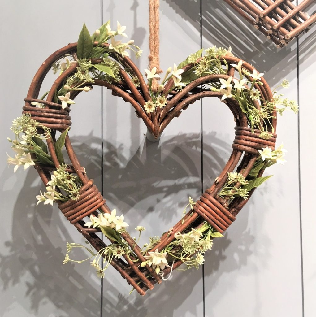 heart-wreath-large