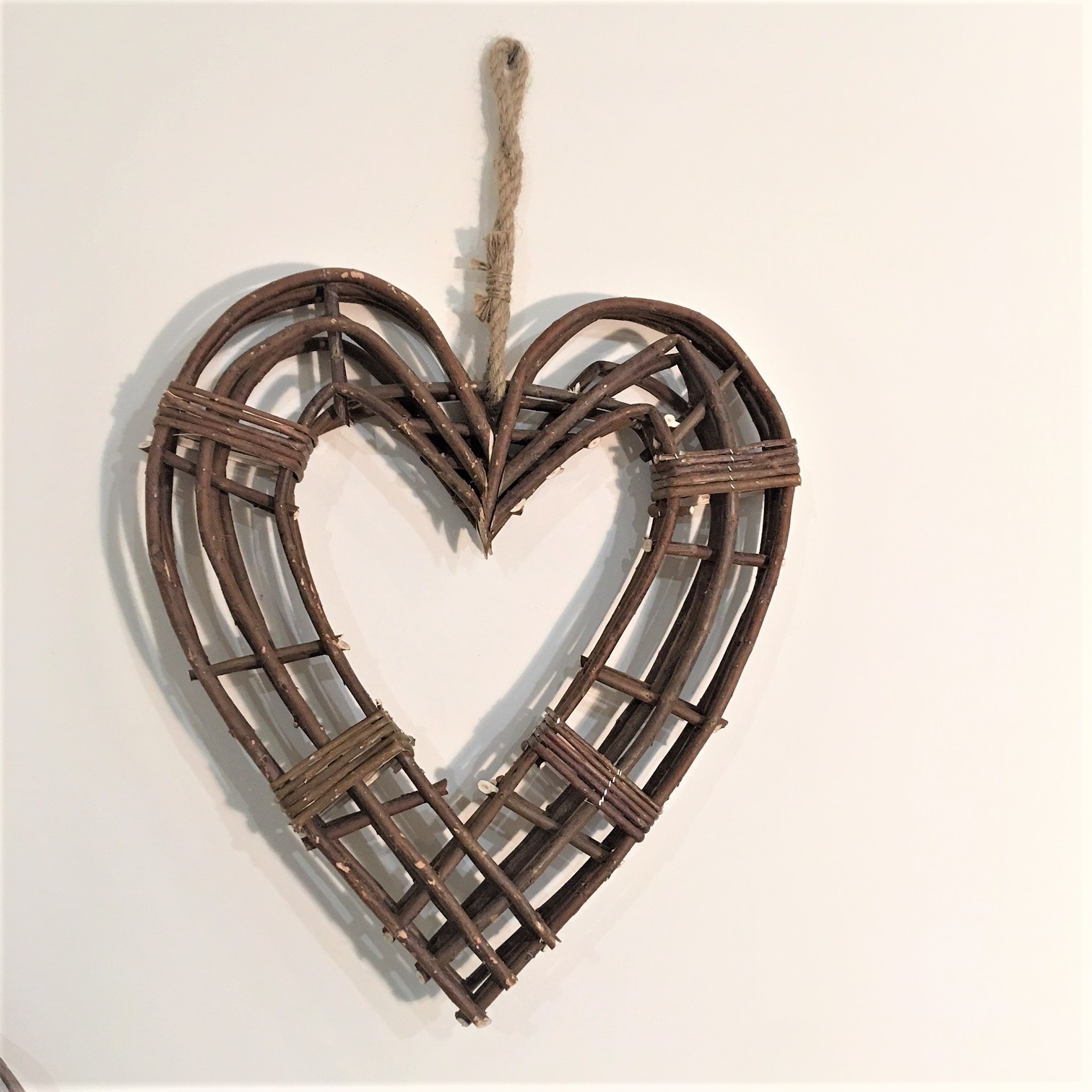 Large Natural Wicker Hanging Heart Wreath