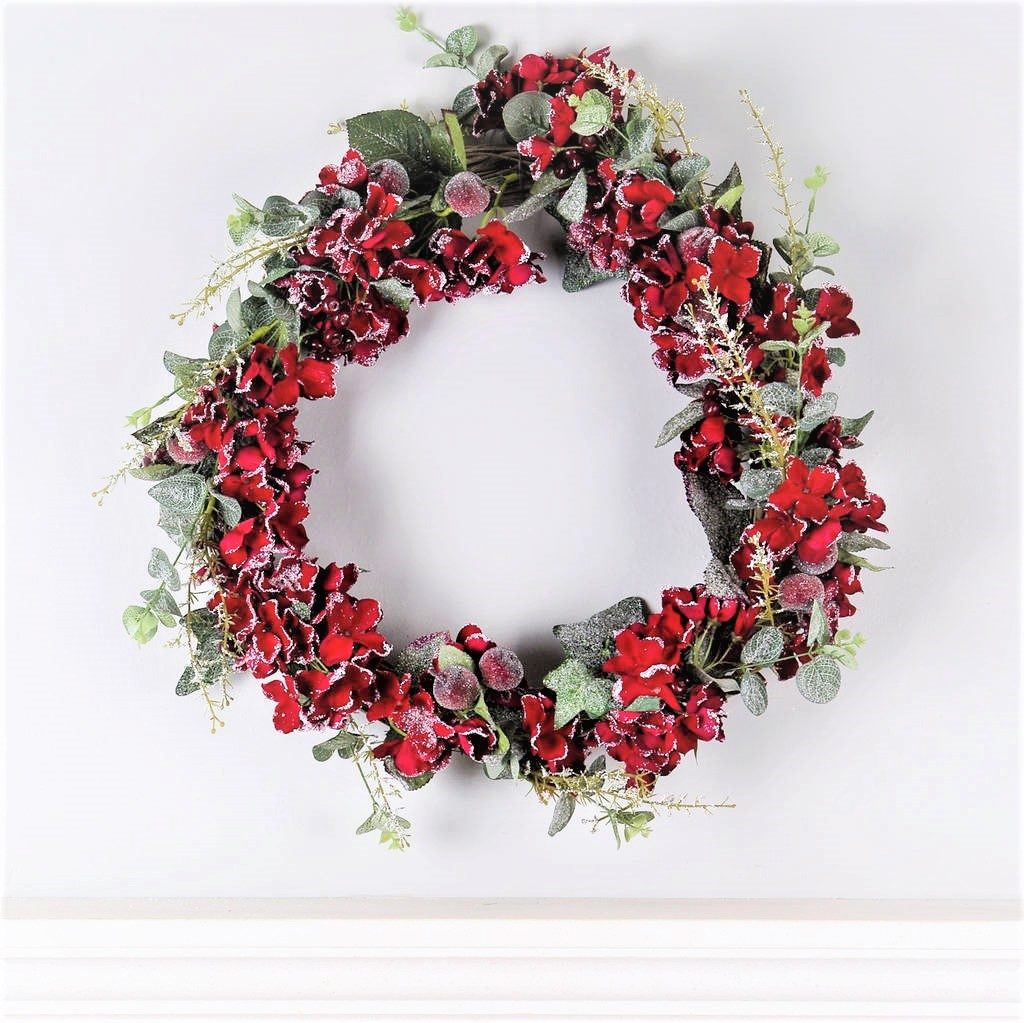 hydrangea-berry-and-eucalyptus-christmas-wreath