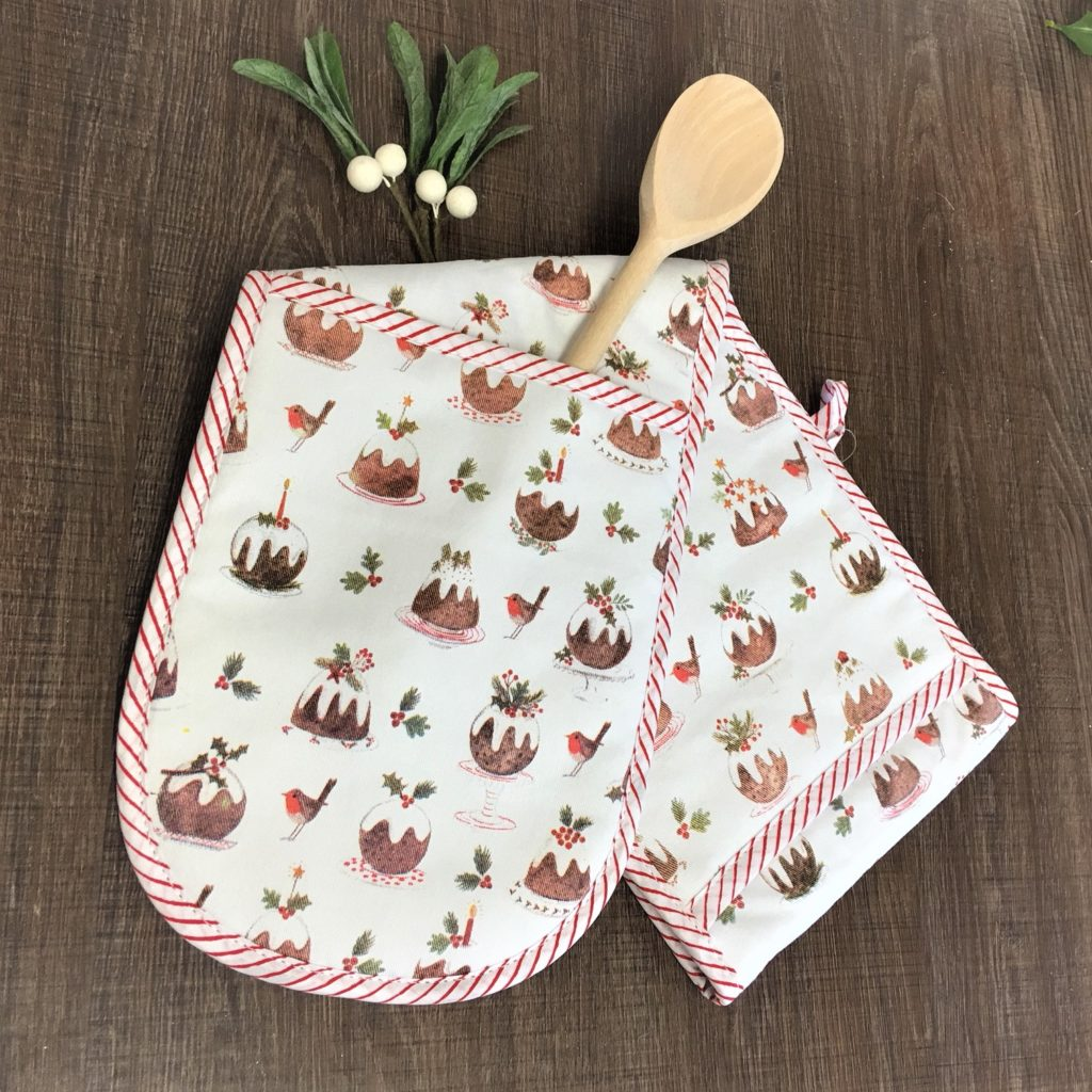 plum-pudding-oven-glove