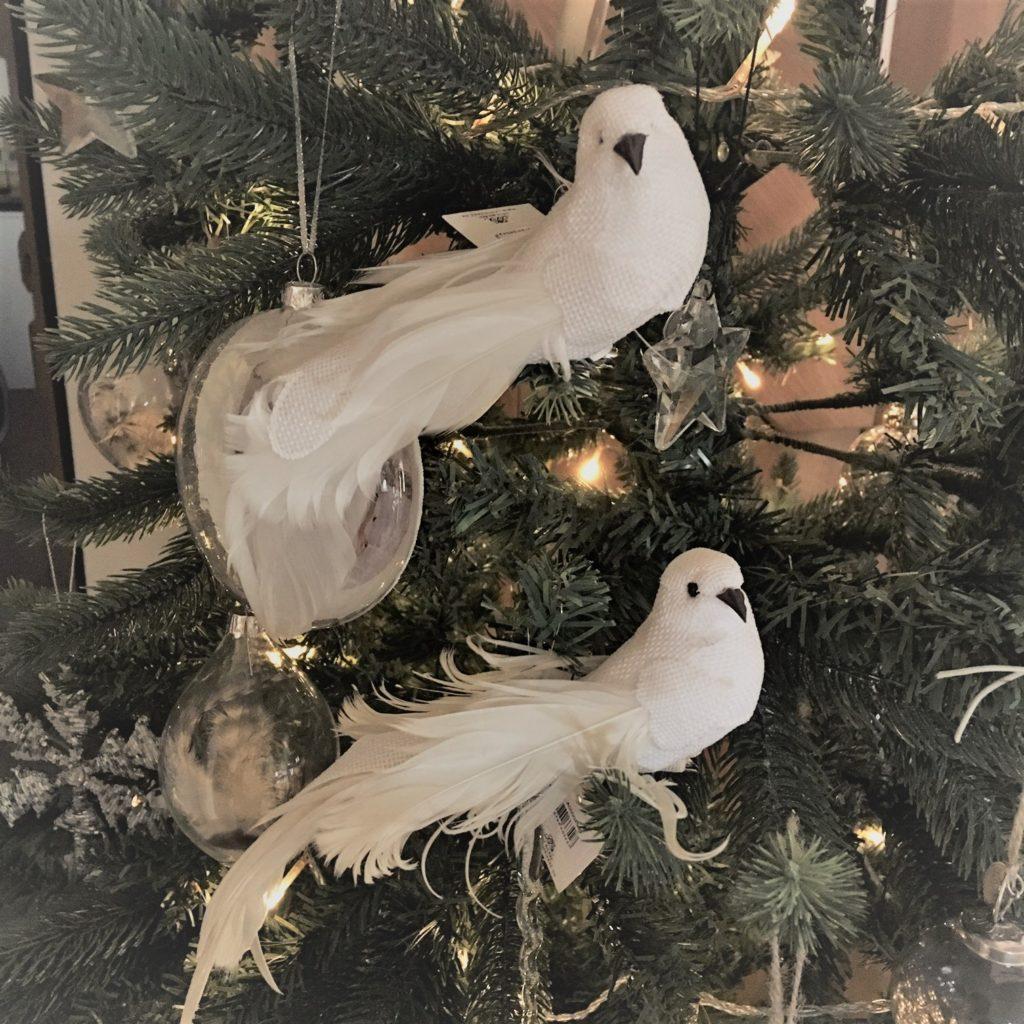 set-doves-clip-on