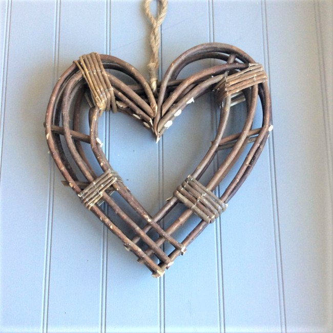 willow-twig-heart-wreath-small