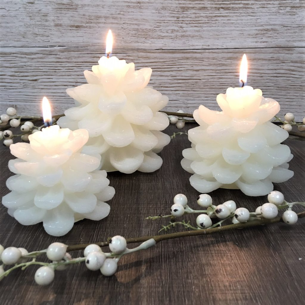 snowy-pine-cone-candle-set-3