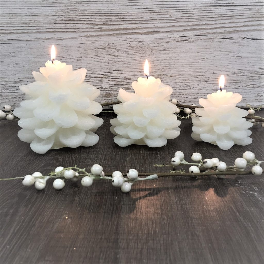 snowy-pine-cone-candle-set-8