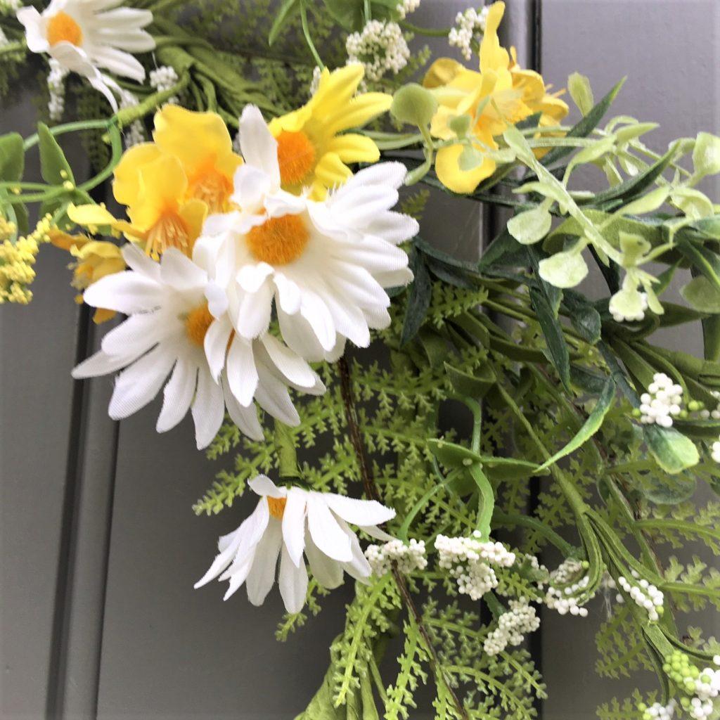 daisy-meadow-flower-wreath-2