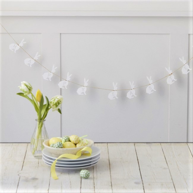 happy-easter-white-rabbit-garland
