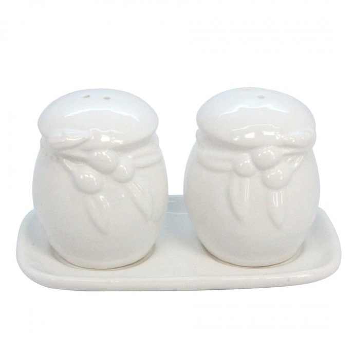 olive-salt-pepper-set