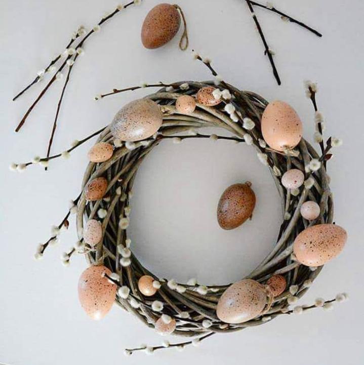 round-wicker-wreath