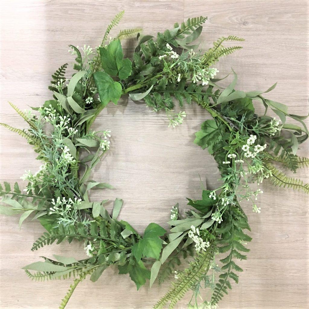 green-white-foliage-wreath-3