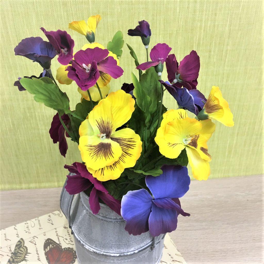 pansies-churn-arrangement-1