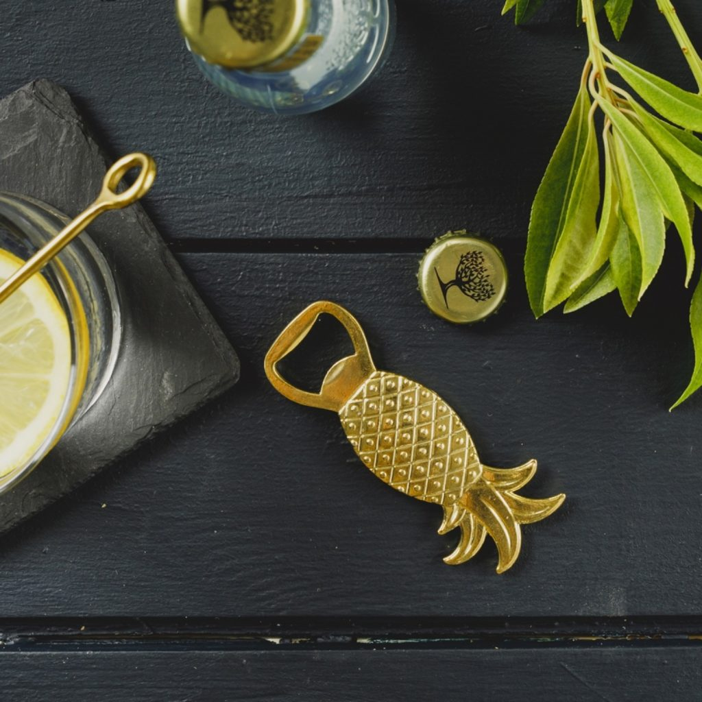 gold_pineapple_bottle_opener