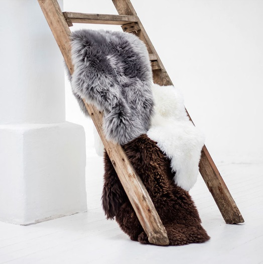 grey-sheepskin-rug