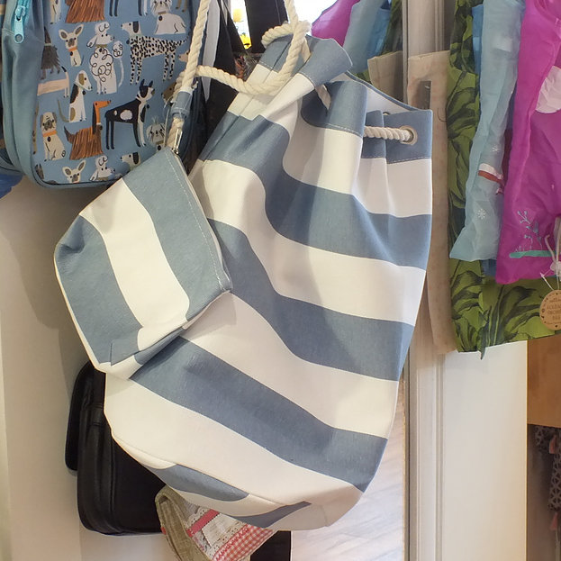 blue-stripe-duffle-bag