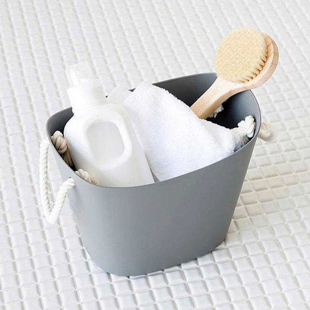 storage-baskets-grey-mood
