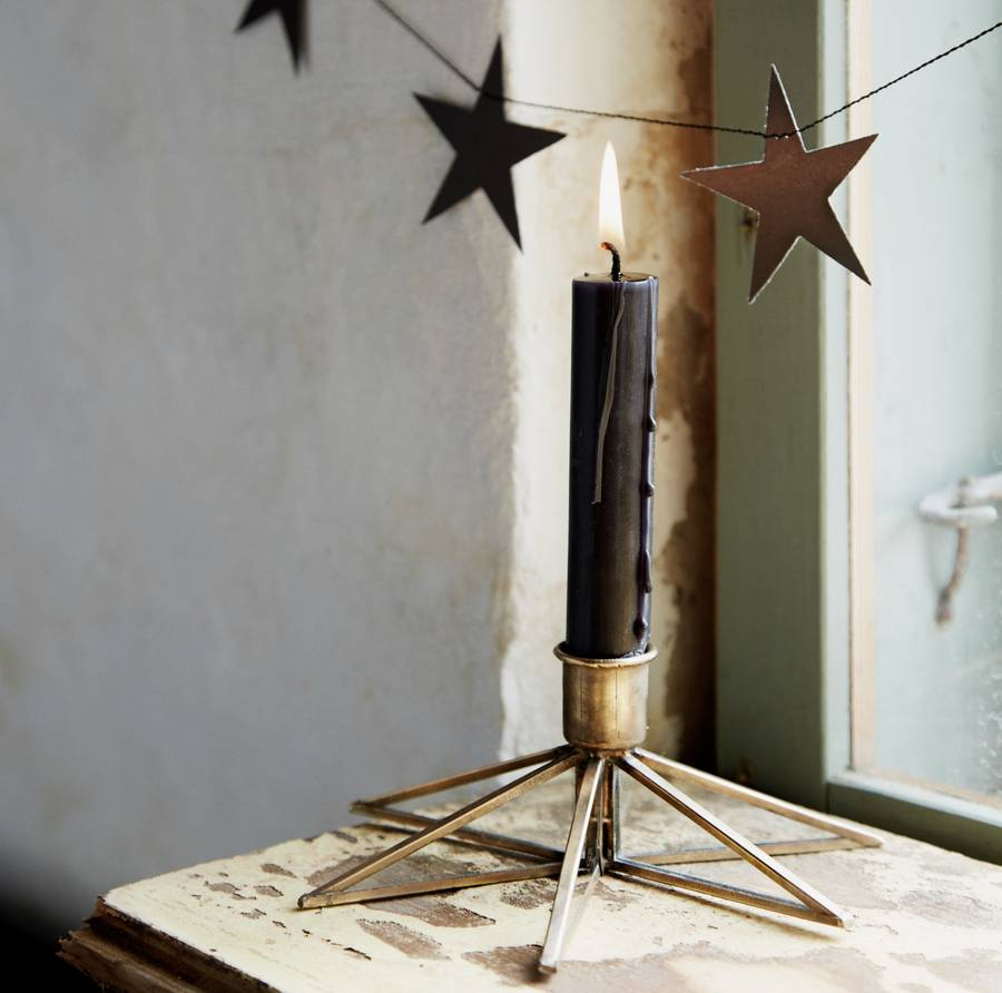 brass-star-candle-stick