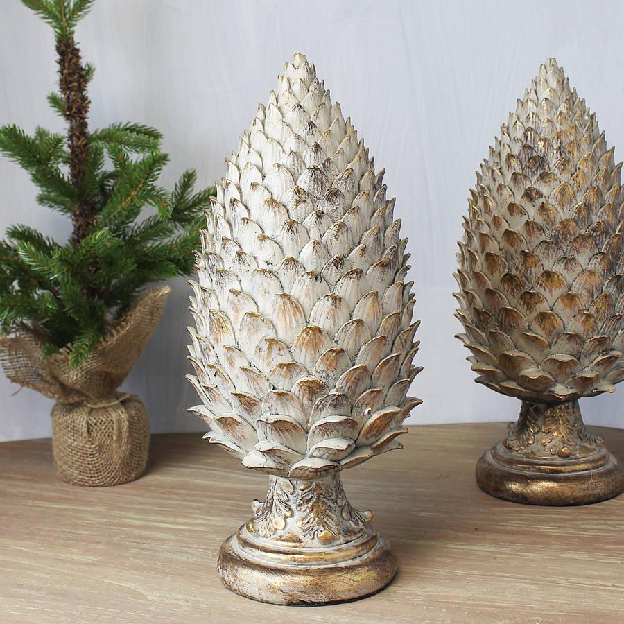 gold-brushed-decorative-pinecone-set