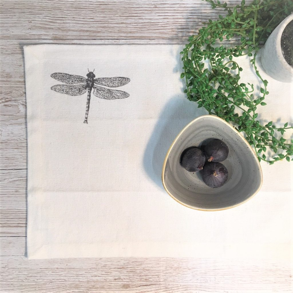 dragonfly-placemat-1